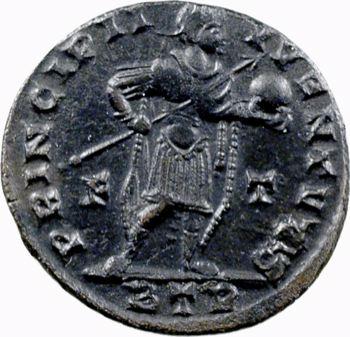 Crispus, nummus, Trèves, 317-318