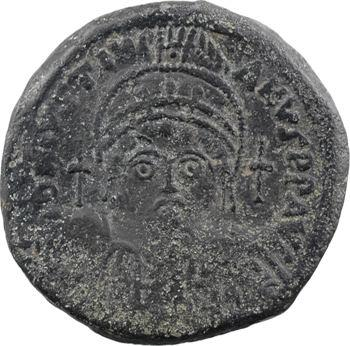 Justinien Ier, follis, Constantinople, 5e officine, An XXII = 548-549