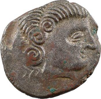 Coriosolites, statère de billon, classe I au nez droit, c.80-50 av. J.-C.