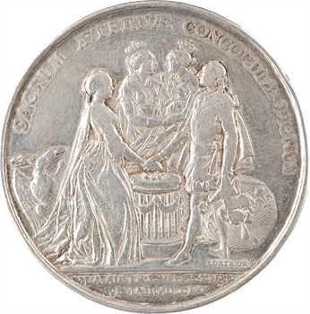 Louis XV, mariage du dauphin Louis (XVI) et de Marie-Antoinette par Lorthior, détournée en médaille de mariage, 1770 (An 1er) Paris