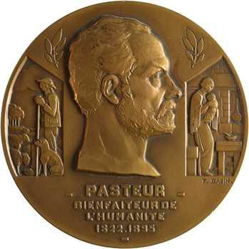 Compagnie de navigation sud-atlantique, le paquebot Pasteur, par Bazin, dans sa boîte, 1939 Paris