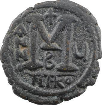 Justin II et Sophie, follis, Nicomédie, 2e officine, An V = 569-570