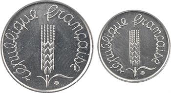 Ve République, boîtier avec 2 essais 1 et 5 centimes épi, 1961 Paris