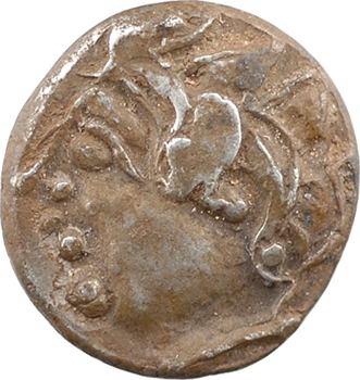Centre-Ouest (Bituriges-Carnutes-Pictons), drachme aux deux chevaux et croisette, Ier s. av. J.-C