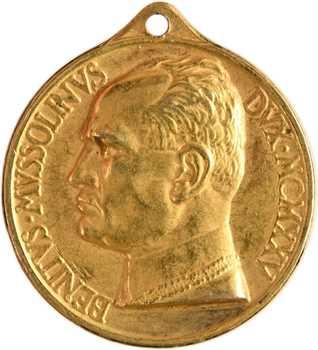 Italie, Mussolini, médaille honorifique en or, par Mistruzzi, 1925 Rome