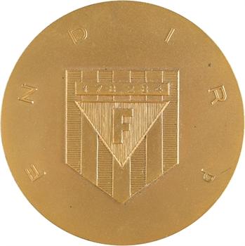 Ve République, médaille de la FNDIRP à Marcel PAUL, 1965 Paris