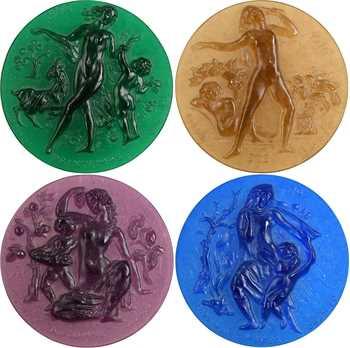 Ve République, les quatre saisons, médaillons en verre, par Corbin, 1970 Daum
