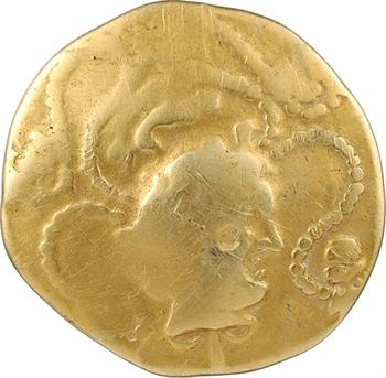 Vénètes, statère d'or au sanglier en cimier et au personnage allongé, IIe s. av. J.-C