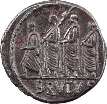 Junia, denier, Rome, 54 av. J.-C.