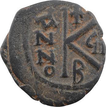 Maurice-Tibère, demi-follis, Constantinople, 2e officine, An 7 = 588-589