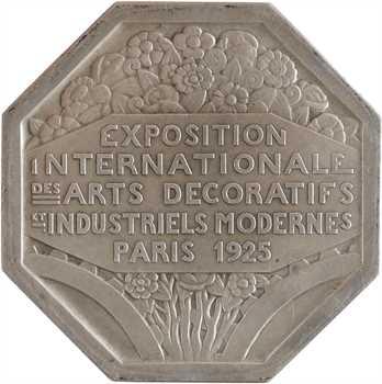 Turin (P.) : Exposition des Arts décoratifs, petit module en argent, 1925 Paris