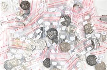 Mariage : lot de 105 médailles de mariage vierges en argent, s.d. Paris