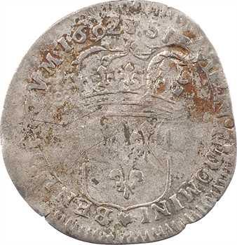 Louis XIV, quinzain aux huit L, surfrappe sur douzain d'un règne antérieur, 1692 Troyes