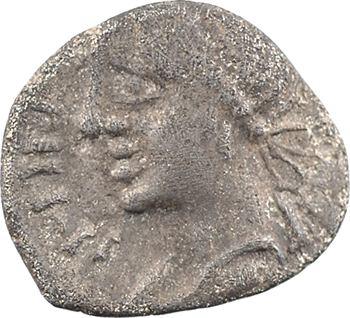 Éduens, denier APTILI. F / ORGETIRIX au dauphin, après 52 av. J.-C