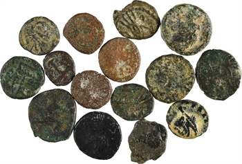 Vandales, monnayage royal et imitations, lot de 15 bronzes AE10, Carthage, c.490-533