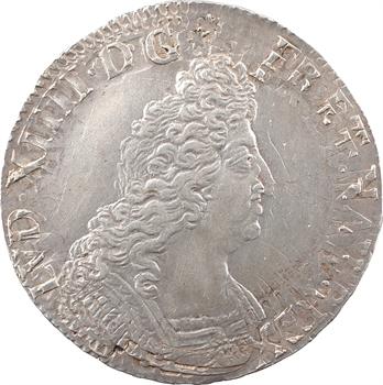Louis XIV, écu aux insignes, 1701 Reims