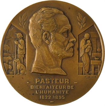 Bazin (F.) : le paquebot Pasteur, 1939 Paris
