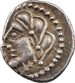 Lémovices ou Bituriges, drachme anépigraphe à l'épée et pentagramme, Ier s. av. J.-C.