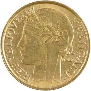 IIIe République, 50 centimes Morlon transformée en porte-chance, s.d. Paris