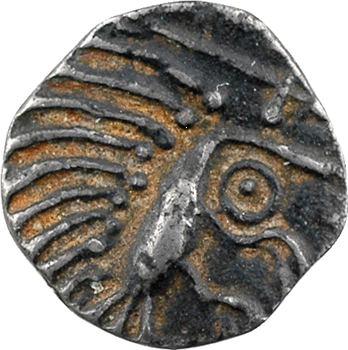 Frise continentale, denier ou sceat à l'oiseau, c.700-765