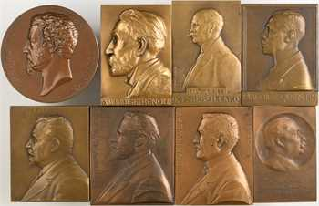 IIIe République, lot de 8 plaques et médaille de mandats de conseillers municipaux, par Cacheux, Dautel, Nocq, Vernier, etc., 1870-1933 Paris