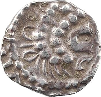 Bretagne, Rennes, denier imitant un sceatta, s.d. (670-750)