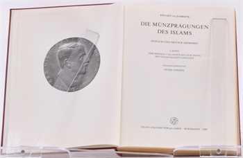 Zambaur (von) ( E.), Die Münzprägungen des Islams, zeitlich und ortlich geordnet, Band I : Der Westen und Osten bis zum Indus, mit synoptischen Tabellen, ed. Peter Jaeckel, Wiesbaden 1968
