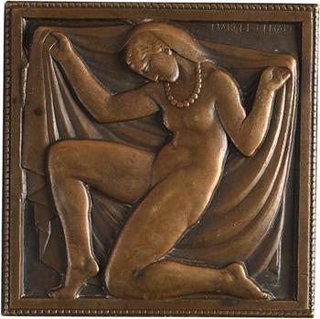 Renard (M.) : la parure (ou femme au collier), s.d. (1931) Paris