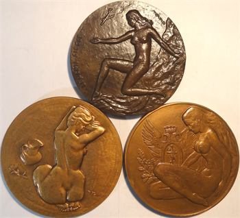 Vème République, lot de 3 nus féminins, 1950 à 1973 Paris