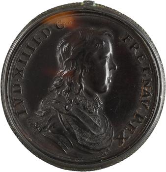 Louis XIV et Anne d'Autriche, d'après Jean Warin, jeton en écaille avec monture, s.d