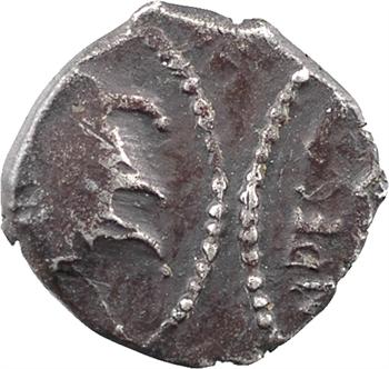 Carnutes, denier ANDECOMBO, coin avec deux empreintes au droit, c.45 av. J.-C