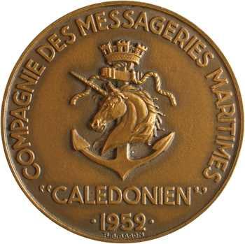 Compagnie des Messageries Maritimes, le paquebot Calédonien, par Baron, dans sa boîte, 1952 Paris