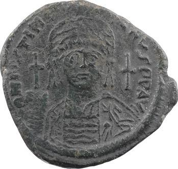 Justinien Ier, follis, Constantinople, 4e officine, AN XVIII = 544-545