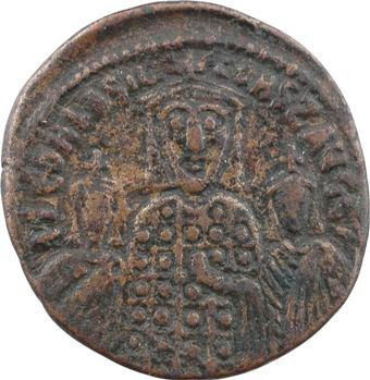 Basile Ier, follis, Constantinople, 867-886