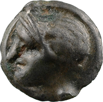 Centre (incertaines) ou Turones, potin à la tête casquée et au taureau, Ier s. av. J.-C