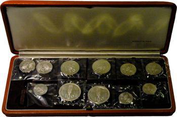 Terr. du Pacifique, coffret avec onze piéforts argent, 1966-1967