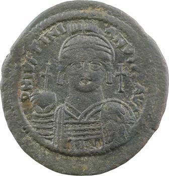 Justinien Ier, follis, Nicomédie, 2e officine, An XII = 538-539
