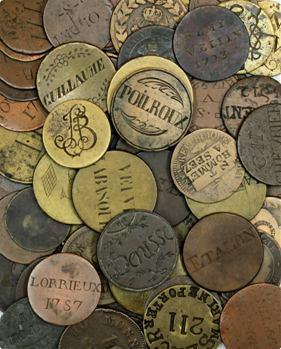 Collection de 72 jetons nominatifs, dits des Halles, sur monnaies et jetons divers, 1640 à 1825